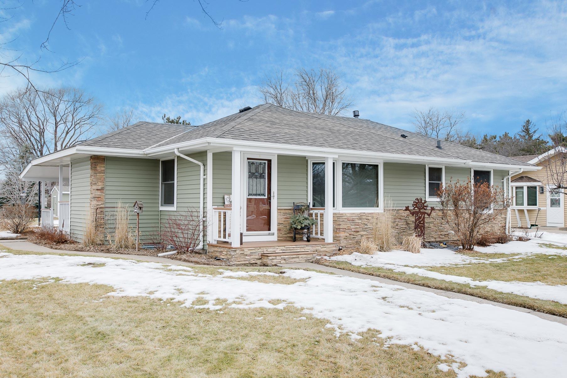 8490 Grafton Avenue Cottage Grove, MN 55016