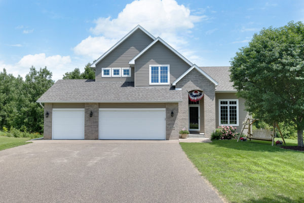 22760 Imperial Ave | Forest Lake, MN